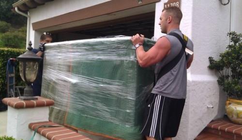 Csomagoljuk-e a bútorokat költözéskor?