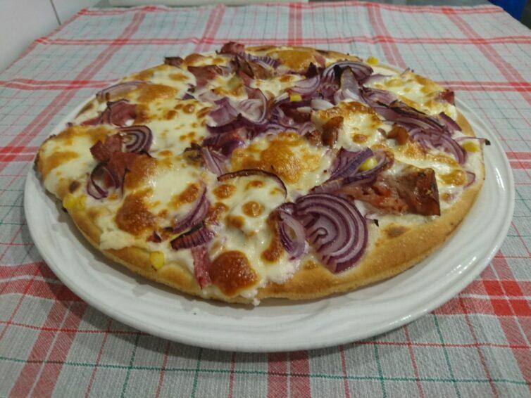 Pizza, ahogy Leányfalun szeretik