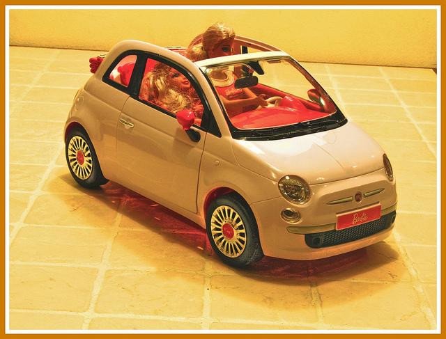 A Barbie autó a lányok kedvence