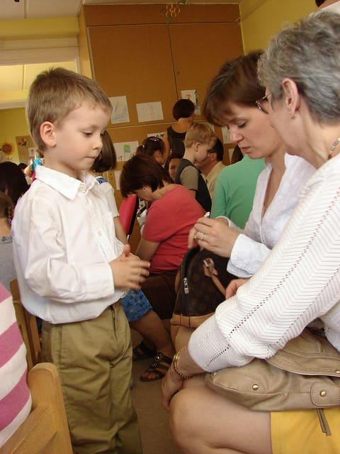 Az óvodai beszoktatás nehézségei szülőknek és gyerekeknek