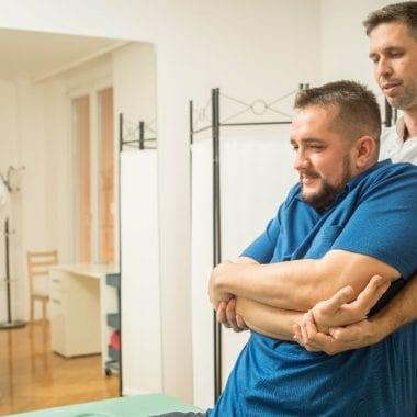 Mit takar pontosan a manuálterápia jelentése?
