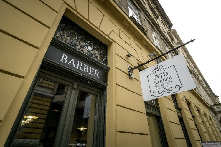 Ennyibe kerül most egy szakállvágás egy barber szalonban